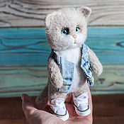 Куклы и игрушки handmade. Livemaster - original item Cat in sneakers and jeans toy made of wool. Handmade.