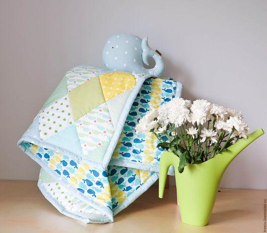 Пледы и одеяла ручной работы. Ярмарка Мастеров - ручная работа. Купить Детский комплект с китом. Handmade. Голубой, лоскутный конверт