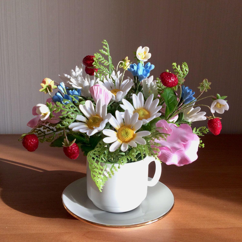 Фото полевые цветы в чашке