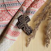 """Украшения ручной работы. Ярмарка Мастеров - ручная работа """"Коломна"""" - деревянный резной нательный крест-распятие. Handmade."""