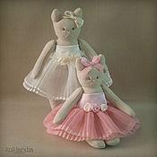 Куклы и игрушки ручной работы. Ярмарка Мастеров - ручная работа Кошки-сестрёнки. Handmade.