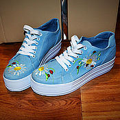 """Обувь ручной работы. Ярмарка Мастеров - ручная работа Кеды на платформе """"Ромашки. Handmade."""