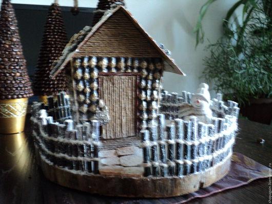 Новый год 2017 ручной работы. Ярмарка Мастеров - ручная работа. Купить Новогодний домик. Handmade. Коричневый, подарки, снеговик, шпагат