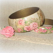 Украшения handmade. Livemaster - original item Beige women`s watches made of wood Vintage pink rose Retro music. Handmade.