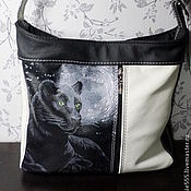 Сумки и аксессуары handmade. Livemaster - original item Leather bag with painted black Panther. Handmade.