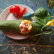 Мини фигурки и статуэтки ручной работы. Ярмарка Мастеров - ручная работа Ватная игрушка Огурчик. Handmade.