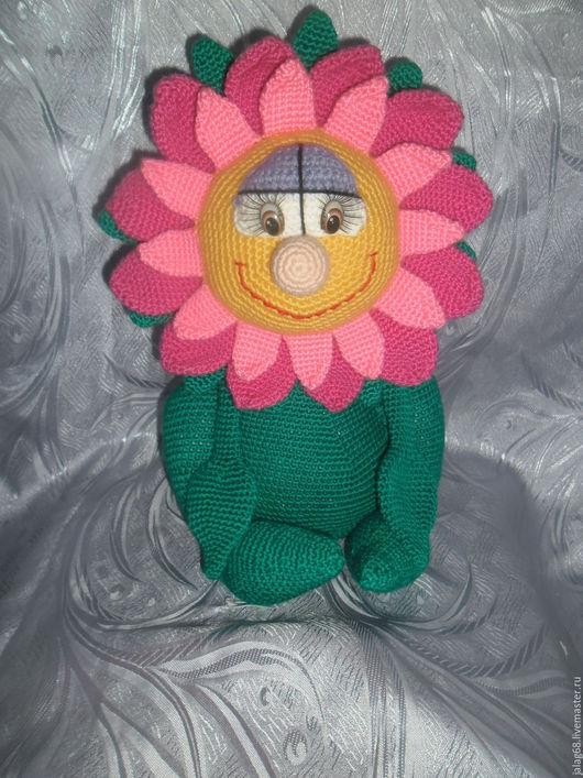 Сказочные персонажи ручной работы. Ярмарка Мастеров - ручная работа. Купить Чудесный цветок. Handmade. Ярко-зелёный, крючок, глазки