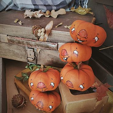 Куклы и игрушки ручной работы. Ярмарка Мастеров - ручная работа Тыква интерьерная. Handmade.