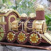 Подарки к праздникам ручной работы. Ярмарка Мастеров - ручная работа Паровоз из конфет. Handmade.