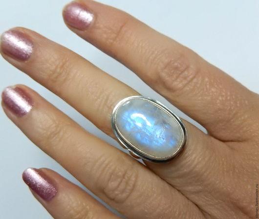 """Кольца ручной работы. Ярмарка Мастеров - ручная работа. Купить Кольцо """"МАДОННА"""", адуляр,лунный камень. Handmade. Белый"""