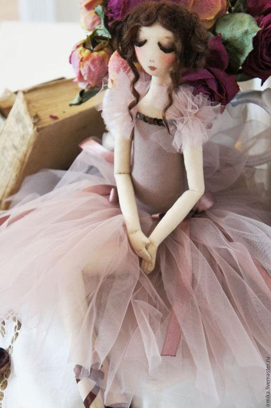 Коллекционные куклы ручной работы. Ярмарка Мастеров - ручная работа. Купить Коллекционная кукла Балерина. Розовый.. Handmade. Бледно-розовый