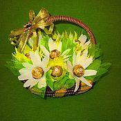 Подарки к праздникам ручной работы. Ярмарка Мастеров - ручная работа Сладкие композиции из конфет. Handmade.