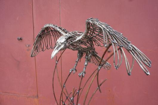 Экстерьер и дача ручной работы. Ярмарка Мастеров - ручная работа. Купить Скульптура «Ворон» из проволоки. Handmade. Серый, скульптура из металла