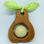Куклы и игрушки ручной работы. Ярмарка Мастеров - ручная работа Погремушка деревянная с горохом Грушка-игрушка. Handmade.