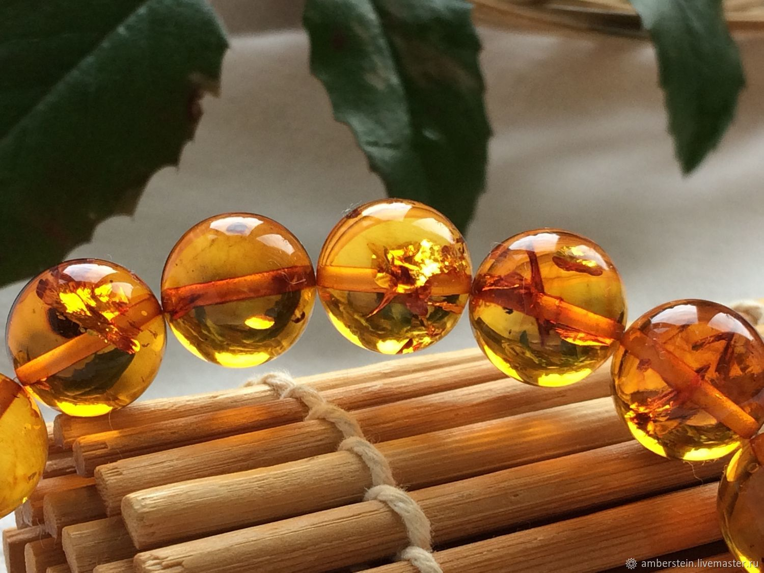Bracelet from Baltic amber, color is tea with sparks of the sun inside, Bead bracelet, Kaliningrad,  Фото №1