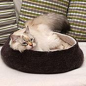 """Для домашних животных, ручной работы. Ярмарка Мастеров - ручная работа Лежанка для кошки """"Кофе с молоком"""". Handmade."""