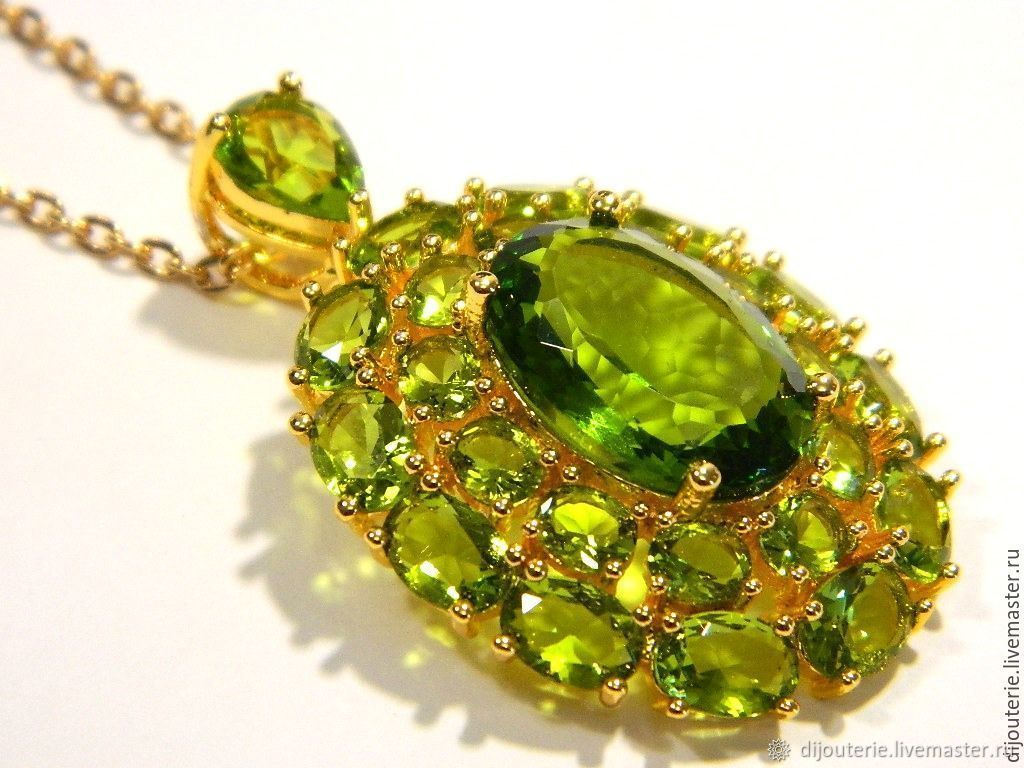 spaceimages on gemstone images olivine hires details space earth