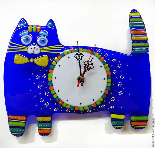 Часы `Синий кот`. Стекло. Фьюзинг.