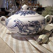 Посуда handmade. Livemaster - original item Painted porcelain Tureen in the style of toile de Jouy. Handmade.