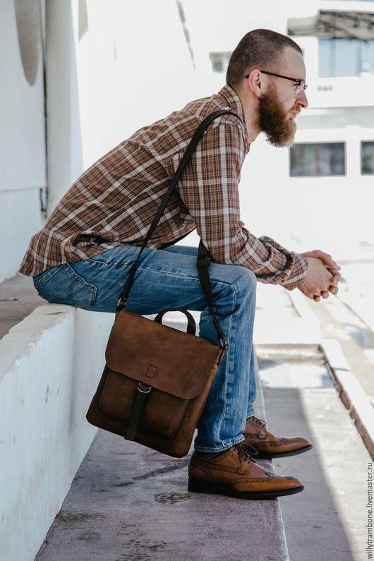 Мужские сумки ручной работы. Ярмарка Мастеров - ручная работа. Купить Небольшая. Handmade. Кожаная сумка, подарок мужчине
