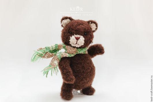 """Игрушки животные, ручной работы. Ярмарка Мастеров - ручная работа. Купить медведь """"Доминик"""" коричневая мягкая вязаная игрушка. Handmade."""