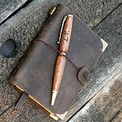 Канцелярские товары handmade. Livemaster - original item A copy of the product A notebook made of genuine leather and a pen made of wood. Handmade.