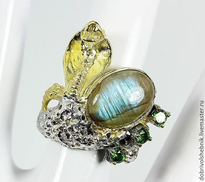 Ring-talisman 'Royal Cobra' with Labrador and chromdiopsides, Rings, Novaya Usman,  Фото №1