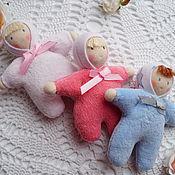 Куклы и игрушки ручной работы. Ярмарка Мастеров - ручная работа Пупсики по вальдорфским мотивам. Handmade.