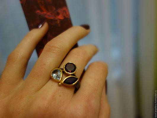 """Кольца ручной работы. Ярмарка Мастеров - ручная работа. Купить """"Синди""""-стильное серебряное колечко с 3 самоцветами. Handmade. Комбинированный"""