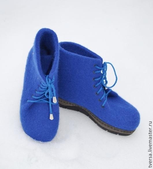 Обувь ручной работы. Ярмарка Мастеров - ручная работа. Купить Ботинки валяные ФЕВРАЛЬСКАЯ ЛАЗУРЬ. Handmade. Синий, валяная обувь