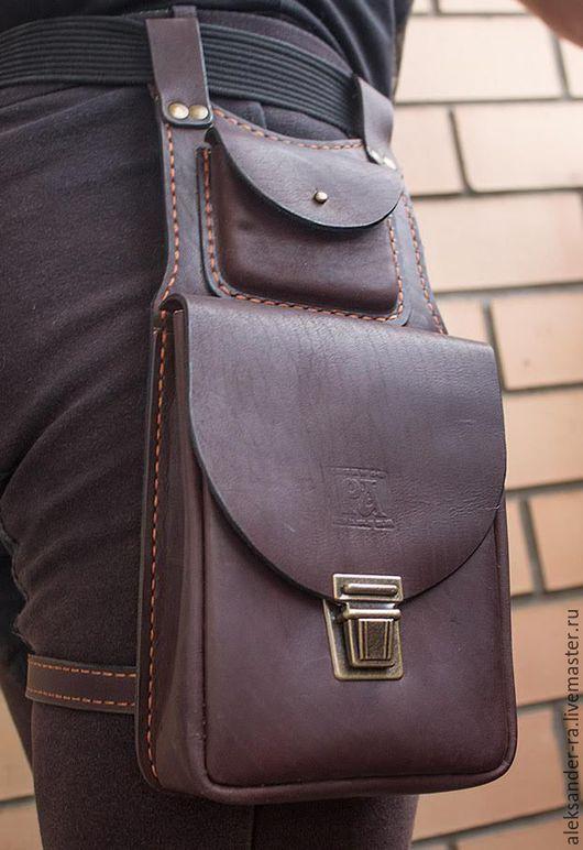 Мужские сумки ручной работы. Ярмарка Мастеров - ручная работа. Купить Сумка на пояс из натуральной кожи S4. Handmade. Коричневый