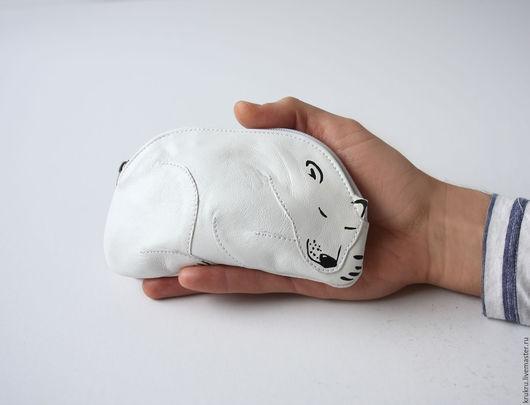 Женские сумки ручной работы. Ярмарка Мастеров - ручная работа. Купить В наличии Кошелек Спящий медведь. Handmade. Белый