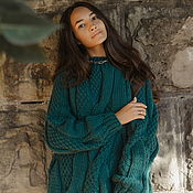 Одежда handmade. Livemaster - original item Jerseys: Sweater with large braids in the color of emerald oversize. Handmade.