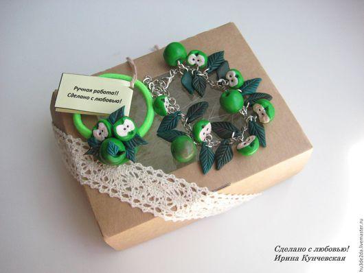 Комплекты украшений ручной работы. Ярмарка Мастеров - ручная работа. Купить Комплект украшений для девочки браслет резинка для волос подарок. Handmade.