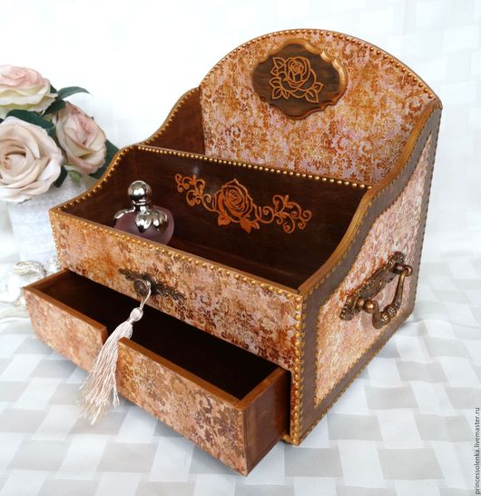 Мини-комоды ручной работы. Ярмарка Мастеров - ручная работа. Купить «Узоры и розы» Мини-комод для украшений, винтаж. Handmade.