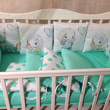 Товары для малышей ручной работы. Ярмарка Мастеров - ручная работа Комплект в детскую кроватку 19 предметов. Handmade.