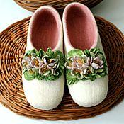 """Обувь ручной работы. Ярмарка Мастеров - ручная работа тапочки """" 8-марта"""". Handmade."""