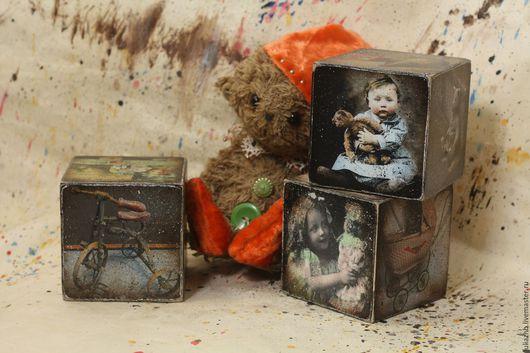 Детская ручной работы. Ярмарка Мастеров - ручная работа. Купить Старые игрушки - кубики 8 см. Handmade. Коричневый, винтажный