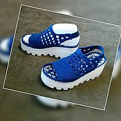 Обувь ручной работы handmade. Livemaster - original item Zapatos de punto para la calle. Sandalias de ganchillo. El color azul oscuro.. Handmade.