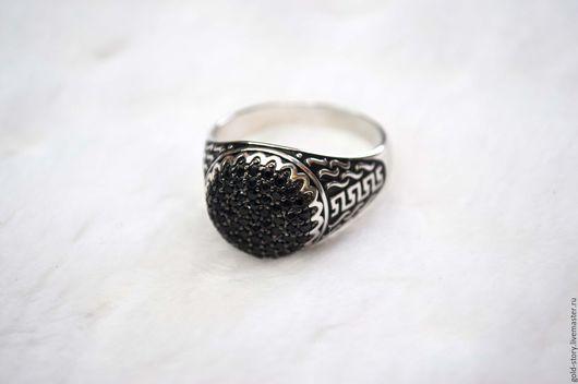 Украшения для мужчин, ручной работы. Ярмарка Мастеров - ручная работа. Купить Заказать золотой перстень с бриллиантами. Handmade. Перстень