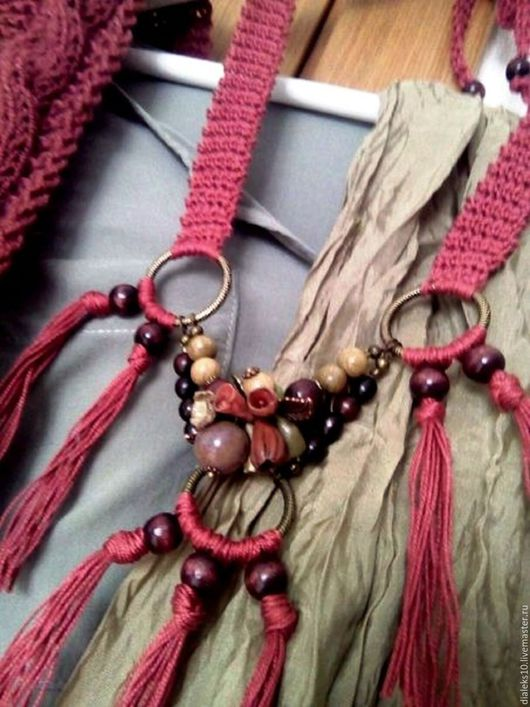 """Колье, бусы ручной работы. Ярмарка Мастеров - ручная работа. Купить Бохо бусы колье """"Тёплая осень"""" на вязаной ленте. Handmade."""