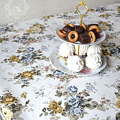 Для дома и интерьера handmade. Livemaster - original item Large waterproof tablecloth Roses Confetti. Handmade.