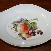 Винтаж handmade. Livemaster - original item Vintage large porcelain dish of fruit, Germany. Handmade.