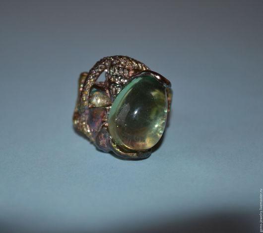 Кольца ручной работы. Ярмарка Мастеров - ручная работа. Купить Необычное кольцо Змея с флюоритом. Handmade. Зеленый, модный аксессуар