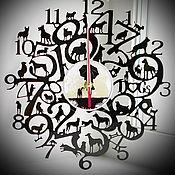 Часы классические ручной работы. Ярмарка Мастеров - ручная работа Оригинальный подарок. Часы Собаки. Handmade.