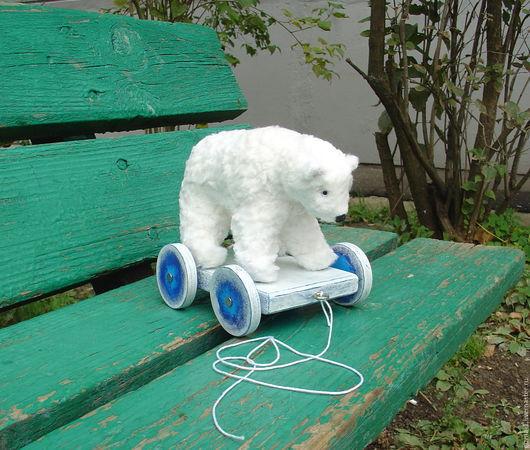 Мишки Тедди ручной работы. Ярмарка Мастеров - ручная работа. Купить Белый мишка на колесах, Умка на колесах. Handmade. Белый