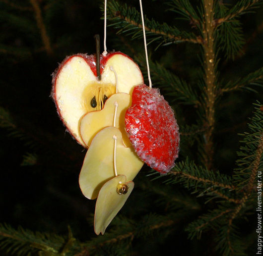 """Новый год 2017 ручной работы. Ярмарка Мастеров - ручная работа. Купить Игрушка на ёлку """"Красное яблоко"""".. Handmade. Ярко-красный"""