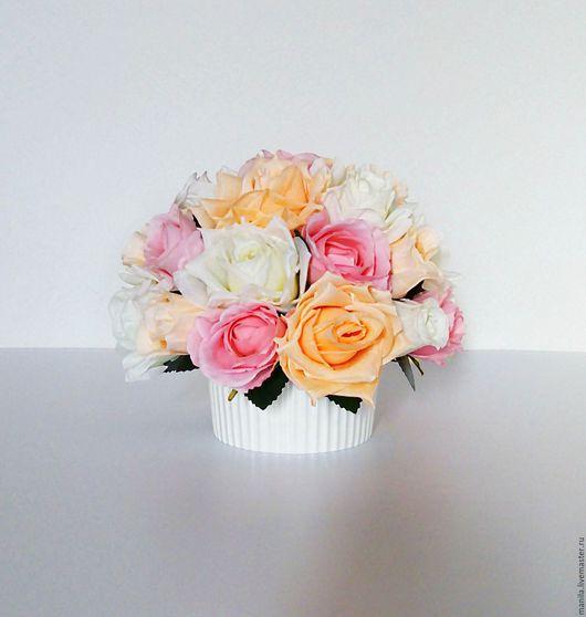 """Интерьерные композиции ручной работы. Ярмарка Мастеров - ручная работа. Купить Композиция из искусственных цветов """"Зефирные розы 2"""". Handmade."""