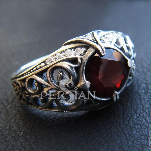 Кольца ручной работы. Ярмарка Мастеров - ручная работа. Купить Серебряное кольцо с гранатом «ESTINAE». Handmade. Перстень с гранатом, гранат