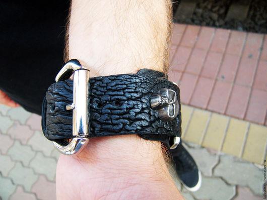 Часы ручной работы. Ярмарка Мастеров - ручная работа. Купить Широкий ремешок для часов из кожи страуса. Handmade. Черный